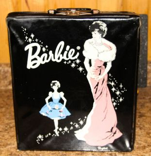 1962 Barbie carrying case with little ballet shoes included