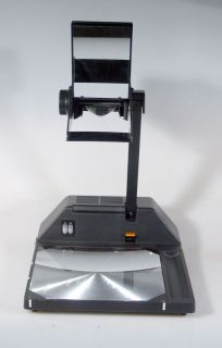 BELL AND HOWELL TRAVELLER OVERHEAD PROJECTOR