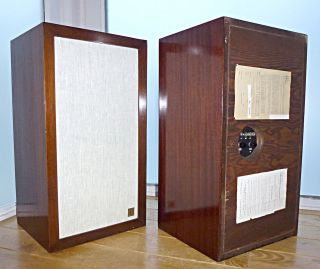 Acoustic Research AR3 Stereo Speakers   Vintage 1960s   Rare Mahogany