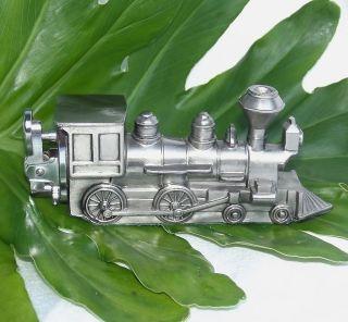 VINTAGE RAILROAD TRAIN LOCOMOTIVE FIGURAL CIGARETTE TABLE LIGHTER