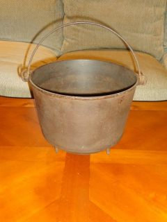 Rare Antique Marion #8 Cast Iron Kettle With Handle