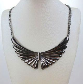 Ladies Necklace Angel Wings Pattern Symmetry Choker Peter Pan Necklace