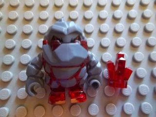 NEW LEGO POWER MINERS RED METROX ROCK MONSTER MINIFIGURE W/ CRYSTAL