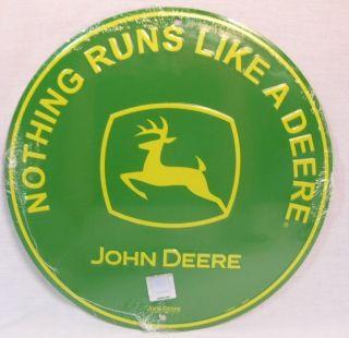 JOHN DEERE NOTHING RUNS LIKE A DEERE ROUND GREEN METAL SIGN TRACTOR
