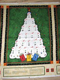 FABRIC CHRISTMAS TREE COUNTDOWN ADVENT CALENDAR 28 x 36~READY TO