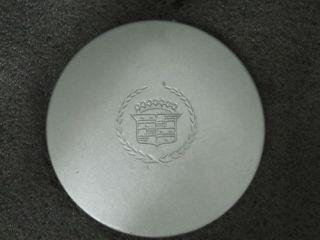 Cadillac Deville DTS wheel center cap hubcap 2000 2002 (Fits 2000