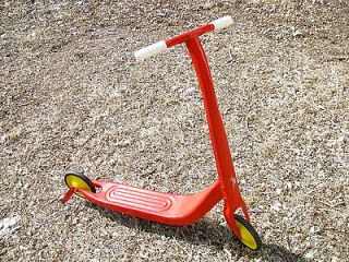 SCOOTER VINTAGE TWO WHEELS PUSH TOY KICK STAND CHILDS RARE OLD RED