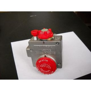 66 283 371/AP8555W 2 1/2 WATER HEATER NATURAL GAS VALVE CONTROL