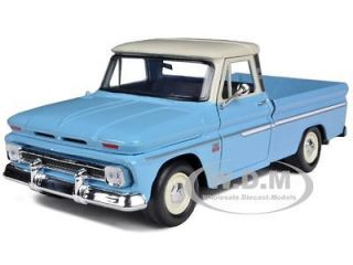 1966 CHEVROLET C10 FLEETSIDE PICKUP TRUCK BLUE/CREAM 1/24 BY MOTORMAX