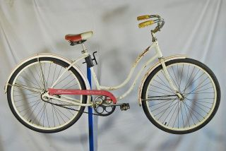 Schwinn Hollywood Ladies cruiser Bicycle White Pink 1965 Bike 18