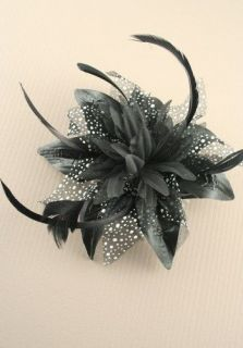 /Brides​maids Large Fabric Flower & Feather Hair Comb Fascinator