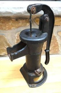 early CAST IRON PITCHER WATER HAND PUMP well,garden,fountain GR8 COND