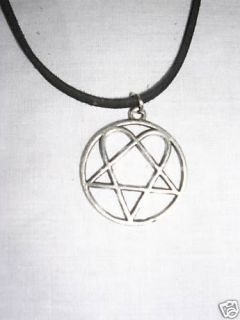 HEARTAGRAM PENTAGRAM PENDANT VILLE VALO NECKLACE