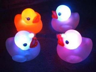 New 4pcs Cute Baby Bath Toy Color Changing LED Lamp Floating Yellow