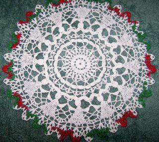 Free Crochet Pattern Christmas Doily : CHRISTMAS CROCHET DOILIES PATTERNS FREE CROCHET PATTERNS