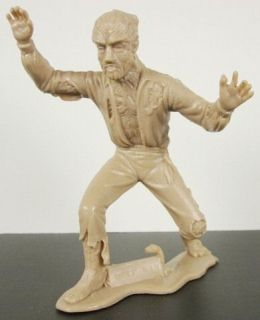 MOVIE MONSTER The WOLFMAN/WEREWO​LF PLASTIC TAN FIGURE HIGH GRADE