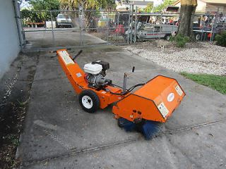 Lay Mor Model 30 Direct Hydrallic Power Broom 40 Sweeper Snow Removal