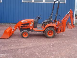2011 Kubota BX25 Tractor Loader Backhoe ONLY 27 HOURS