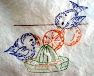 Hand Embroidery PATTERN 7017 Birds for Tea Towels Dish Towels 1950s