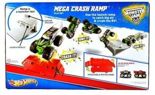 HOT WHEELS   Ages 4 & up   Monster Jam GRAVE DIGGER VEHICLE & MEGA