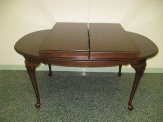 Allen Georgian Court Collection Cherry Oval Table 11 6214 Queen Anne