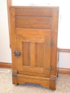oak early 1900 s ice box original condiion his beauiful oak ice box