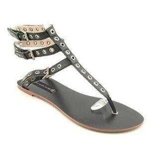 STEVE MADDEN Womens AVIVA Strappy Gladiator Stud Sandals in Black