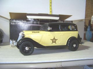 Jim Beam IAJBBSC 1934 Ford Yellow Police Car Decanter