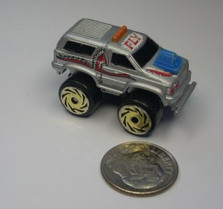 Micro Machines Road Champs Regular Cab Toyota w/ Camper Shell Truck