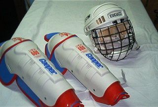 ice hockey equipment in Clothing & Protective Gear