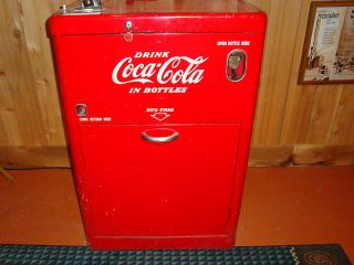 ANTIQUE COCA COLA Soda MACHINE VENDO VERY GOOD Condition & Real Cokes