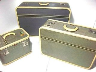 Vintage OSHKOSH MINNETONKA BLUE LUGGAGE SET   Train Carry On