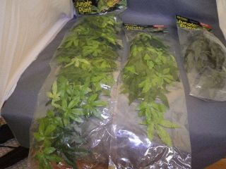 EXO TERRA SILK TYPE JUNGLE PLANTS   VIVARIUMS   TERRARIUMS