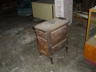 Vintage Antique Cast Iron Wood Coal Stove Furnance Oven Pennsular