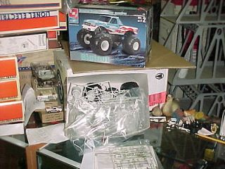 Big Foot Ford Monster Truck   AMT 125 scale Model Kit
