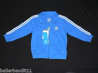 adidas sweatsuit in Clothing,