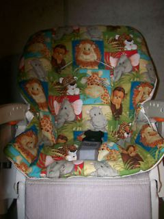CHICCO POLLY High Chair Cover/Green/ Safari Animals