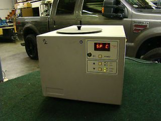 Lab Equipment Heating & Cooling Water Bath Chiller Stirrer MC801A1