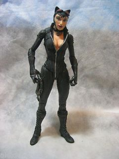 DC DIRECT BATMAN ARKHAM CITY SERIES 2 CATWOMAN ACTION FIGURE