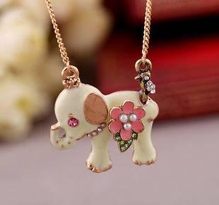 Betsey Johnson Synchronous colorful gems elephant long necklace#BJ X1