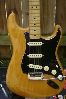 Vintage 1976 Fender Stratocaster Guitar with Modular Case