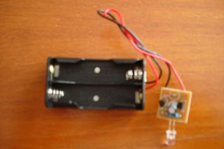 RED AA BATTERY OPERATED FLASHING LED FOR DECOY/DUMMY BOX OR CAR ALARM