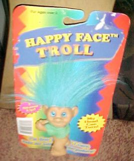 TOTALY TROLLS HAPPY FACE FIGURE TOY