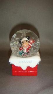 Mickey Mouse Christmas Ornament Snow Globe Dome Walt Disney Sant