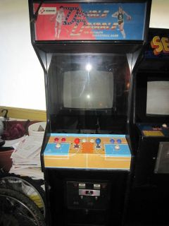 KONAMI DOUBLE DRIBBLE Video Arcade Game Machine BALLY MIDWAY 1986