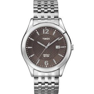 Timex Mens T2N848 Elevated Classics Dress Silver Tone Expansion Band