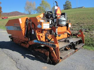1999 Gilcrest ProPaver 813 Rubbertrack Paver
