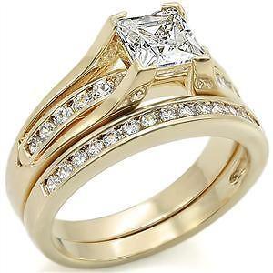 R734 9   1.5 CARAT PRINCESS CUT 2 PIECE GOLD PLATED WEDDING RING SET