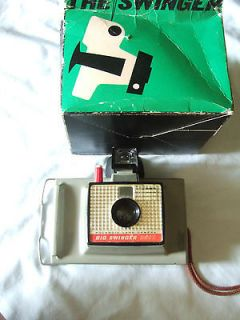Vintage Polaroid Land instant Camera Model 20 in original box