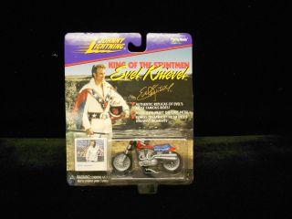 EVEL KNIEVEL JOHNNY LIGHTNING FAMOUS STUNT CYCLE MOC 1998 2452